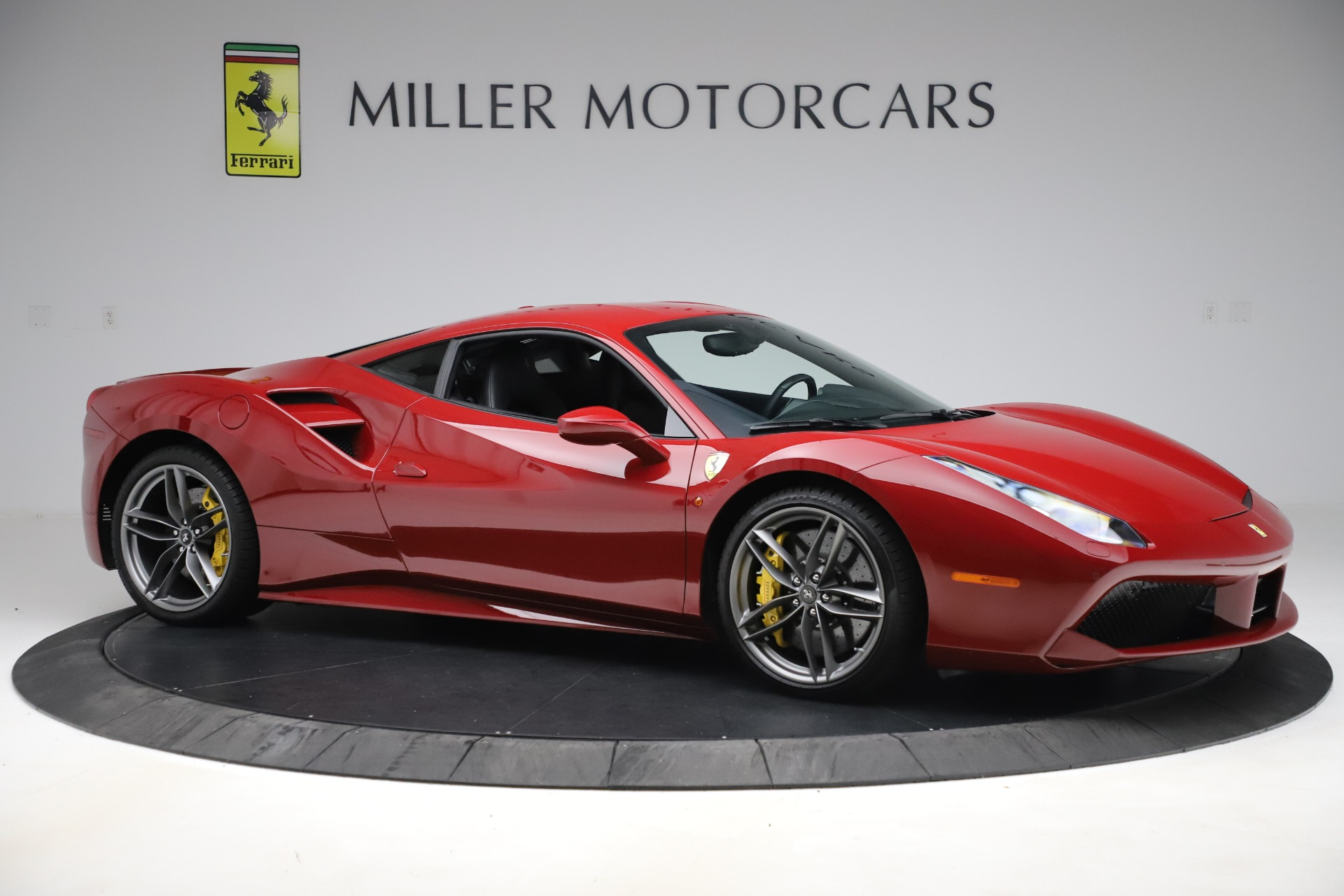Pre Owned 2019 Ferrari 488 Gtb For Sale Special Pricing Rolls Royce Motor Cars Greenwich Stock F1998b
