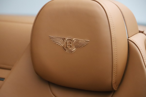New 2020 Bentley Continental GTC V8 for sale $266,665 at Rolls-Royce Motor Cars Greenwich in Greenwich CT 06830 28