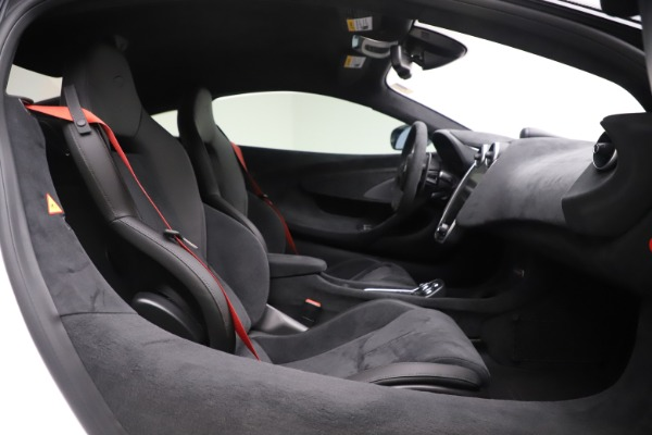 Used 2019 McLaren 600LT Coupe for sale $229,990 at Rolls-Royce Motor Cars Greenwich in Greenwich CT 06830 15
