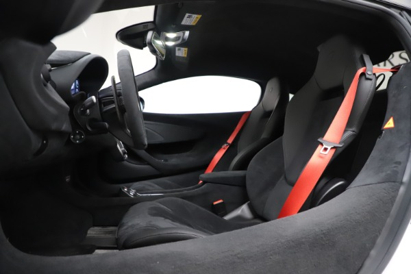Used 2019 McLaren 600LT Coupe for sale $229,990 at Rolls-Royce Motor Cars Greenwich in Greenwich CT 06830 17