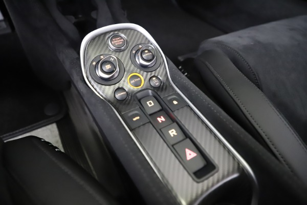 Used 2019 McLaren 600LT Coupe for sale $229,990 at Rolls-Royce Motor Cars Greenwich in Greenwich CT 06830 21