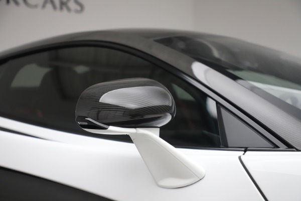 Used 2019 McLaren 600LT Coupe for sale $229,990 at Rolls-Royce Motor Cars Greenwich in Greenwich CT 06830 28
