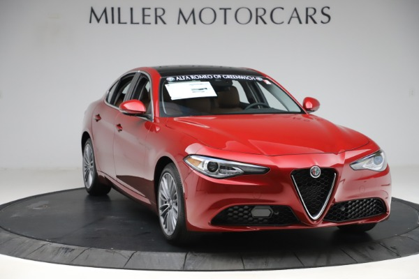 New 2019 Alfa Romeo Giulia Ti Lusso Q4 for sale Sold at Rolls-Royce Motor Cars Greenwich in Greenwich CT 06830 11