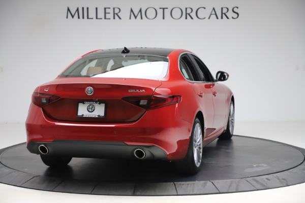 New 2019 Alfa Romeo Giulia Ti Lusso Q4 for sale Sold at Rolls-Royce Motor Cars Greenwich in Greenwich CT 06830 7