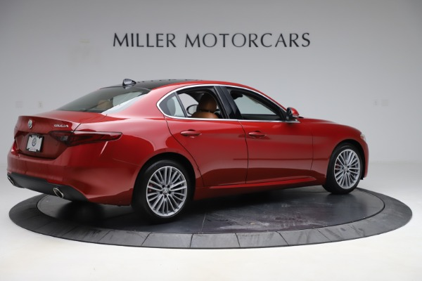 New 2019 Alfa Romeo Giulia Ti Lusso Q4 for sale Sold at Rolls-Royce Motor Cars Greenwich in Greenwich CT 06830 8