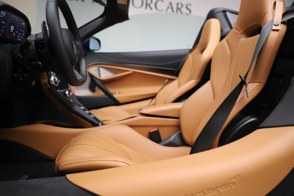 New 2020 McLaren 720S Spider Luxury for sale $380,835 at Rolls-Royce Motor Cars Greenwich in Greenwich CT 06830 26
