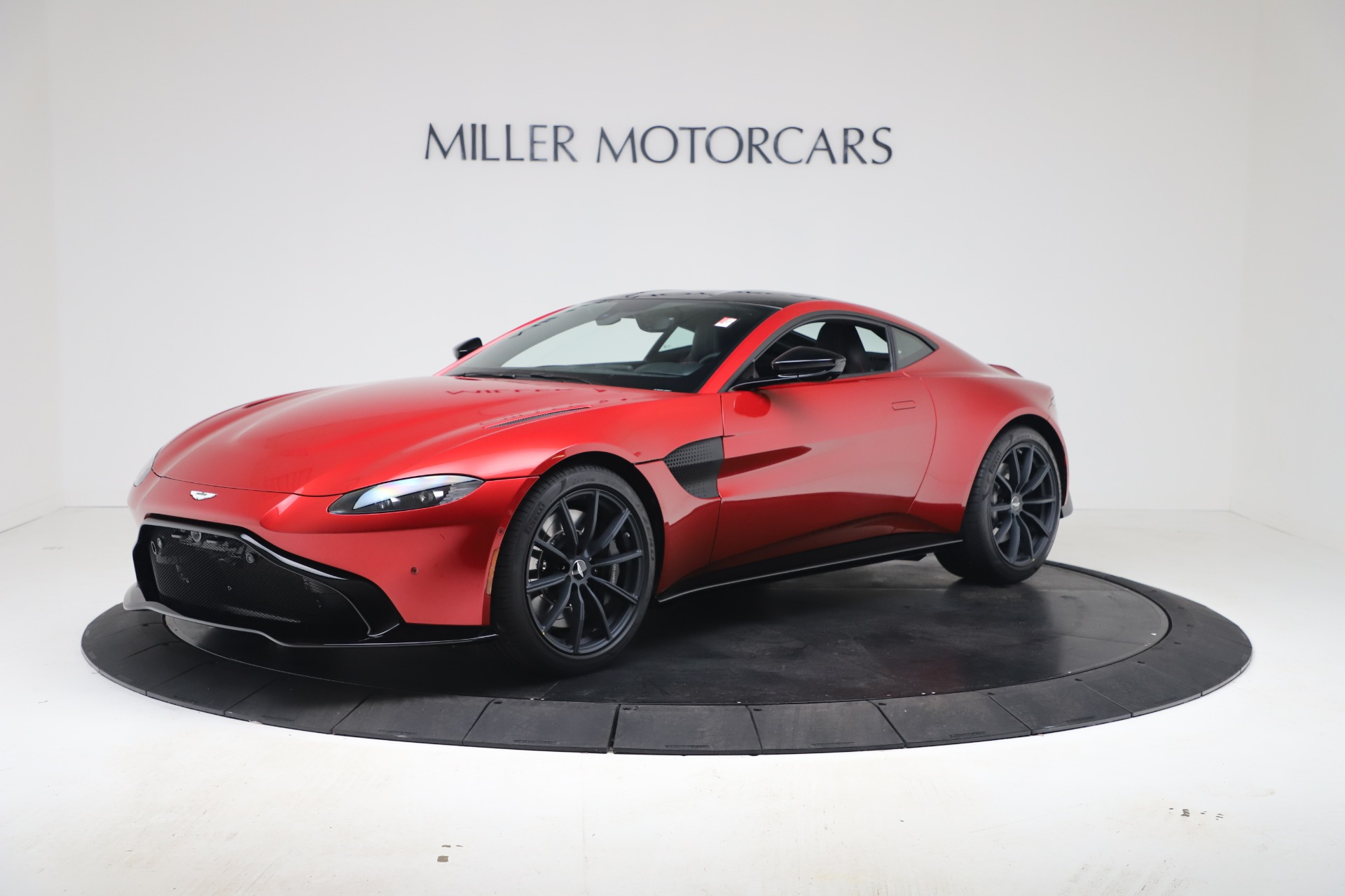 New 2020 Aston Martin Vantage Coupe for sale $195,089 at Rolls-Royce Motor Cars Greenwich in Greenwich CT 06830 1