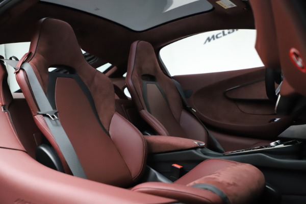 New 2020 McLaren GT Coupe for sale $247,275 at Rolls-Royce Motor Cars Greenwich in Greenwich CT 06830 20