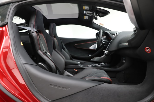 New 2020 McLaren GT Coupe for sale $249,275 at Rolls-Royce Motor Cars Greenwich in Greenwich CT 06830 18