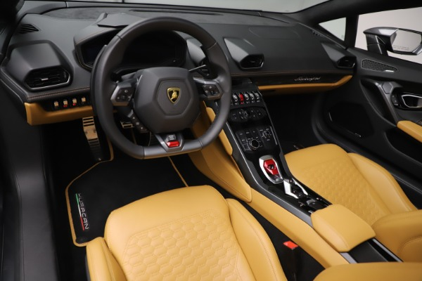 Used 2018 Lamborghini Huracan LP 580-2 Spyder for sale Call for price at Rolls-Royce Motor Cars Greenwich in Greenwich CT 06830 17