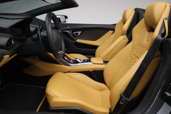 Used 2018 Lamborghini Huracan LP 580-2 Spyder for sale Call for price at Rolls-Royce Motor Cars Greenwich in Greenwich CT 06830 18