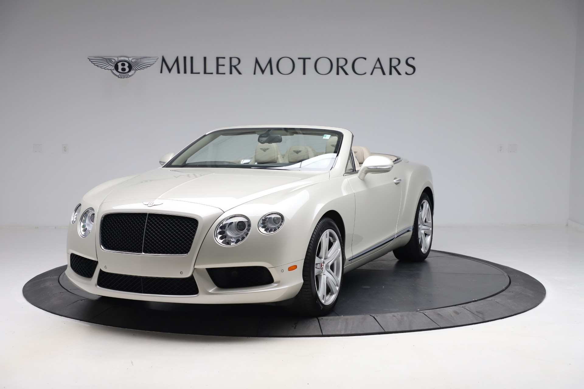 Used 2015 Bentley Continental GTC V8 for sale Sold at Rolls-Royce Motor Cars Greenwich in Greenwich CT 06830 1