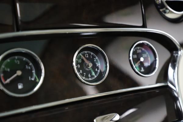 Used 2016 Bentley Mulsanne for sale $145,900 at Rolls-Royce Motor Cars Greenwich in Greenwich CT 06830 25