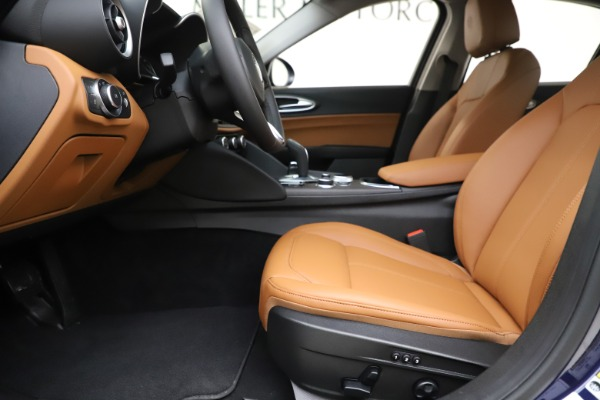 New 2020 Alfa Romeo Giulia Ti Q4 for sale $47,940 at Rolls-Royce Motor Cars Greenwich in Greenwich CT 06830 14