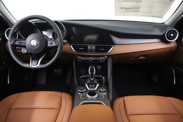 New 2020 Alfa Romeo Giulia Ti Q4 for sale Sold at Rolls-Royce Motor Cars Greenwich in Greenwich CT 06830 16