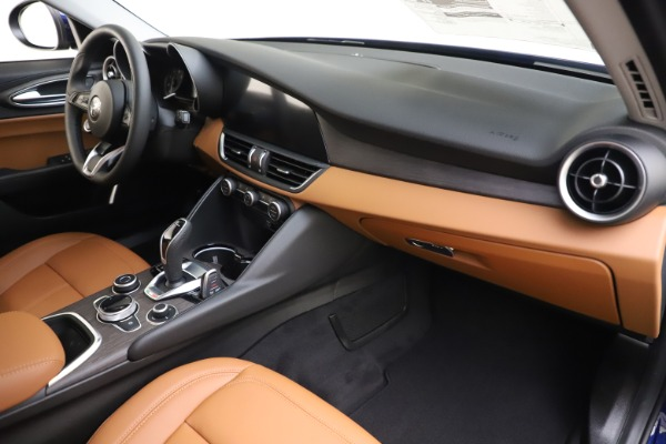 New 2020 Alfa Romeo Giulia Ti Q4 for sale $47,940 at Rolls-Royce Motor Cars Greenwich in Greenwich CT 06830 21