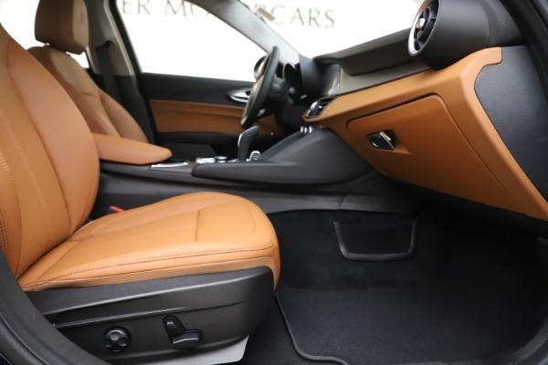 New 2020 Alfa Romeo Giulia Ti Q4 for sale $47,940 at Rolls-Royce Motor Cars Greenwich in Greenwich CT 06830 22
