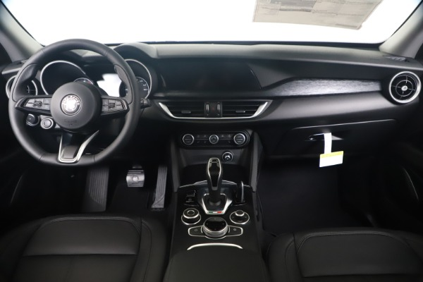 New 2020 Alfa Romeo Stelvio Q4 for sale $49,240 at Rolls-Royce Motor Cars Greenwich in Greenwich CT 06830 16