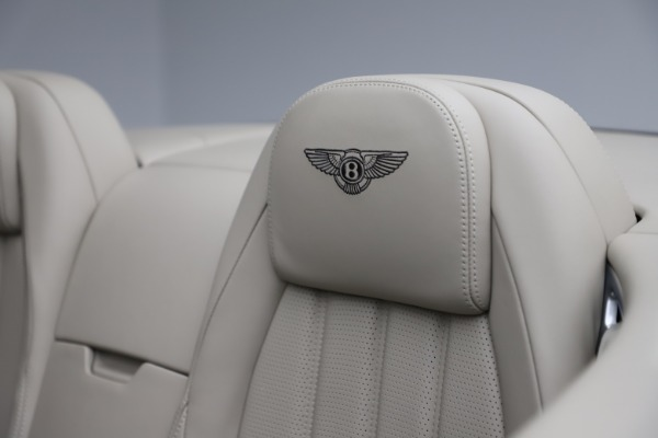 Used 2015 Bentley Continental GTC V8 for sale Sold at Rolls-Royce Motor Cars Greenwich in Greenwich CT 06830 27