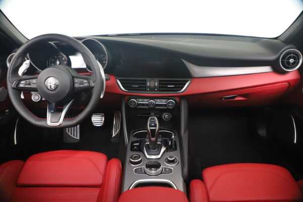 New 2020 Alfa Romeo Giulia Ti Sport Q4 for sale $56,440 at Rolls-Royce Motor Cars Greenwich in Greenwich CT 06830 16