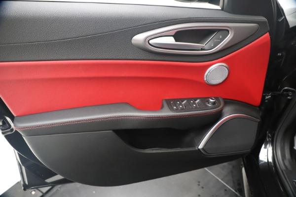 New 2020 Alfa Romeo Giulia Ti Sport Q4 for sale $56,440 at Rolls-Royce Motor Cars Greenwich in Greenwich CT 06830 17