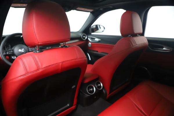 New 2020 Alfa Romeo Giulia Ti Sport Q4 for sale $56,440 at Rolls-Royce Motor Cars Greenwich in Greenwich CT 06830 20