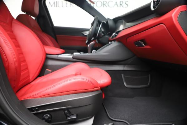 New 2020 Alfa Romeo Giulia Ti Sport Q4 for sale $56,440 at Rolls-Royce Motor Cars Greenwich in Greenwich CT 06830 23