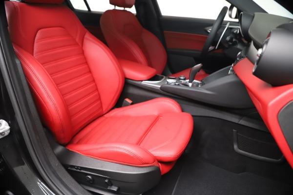 New 2020 Alfa Romeo Giulia Ti Sport Q4 for sale $56,440 at Rolls-Royce Motor Cars Greenwich in Greenwich CT 06830 24