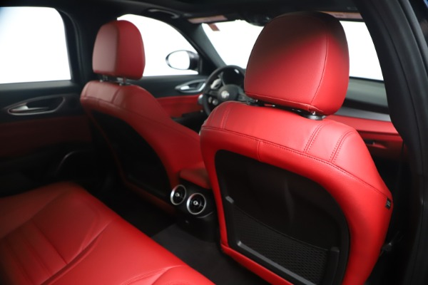 New 2020 Alfa Romeo Giulia Ti Sport Q4 for sale $56,440 at Rolls-Royce Motor Cars Greenwich in Greenwich CT 06830 28