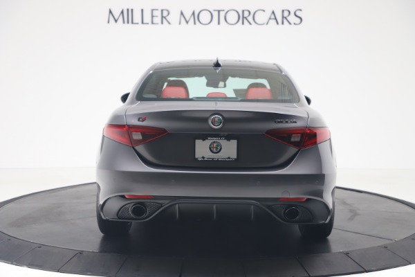 New 2020 Alfa Romeo Giulia Ti Sport Q4 for sale Sold at Rolls-Royce Motor Cars Greenwich in Greenwich CT 06830 6