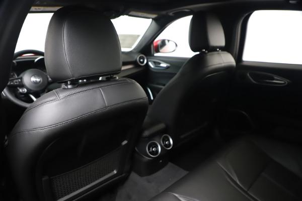 New 2020 Alfa Romeo Giulia Sport Q4 for sale $47,790 at Rolls-Royce Motor Cars Greenwich in Greenwich CT 06830 20