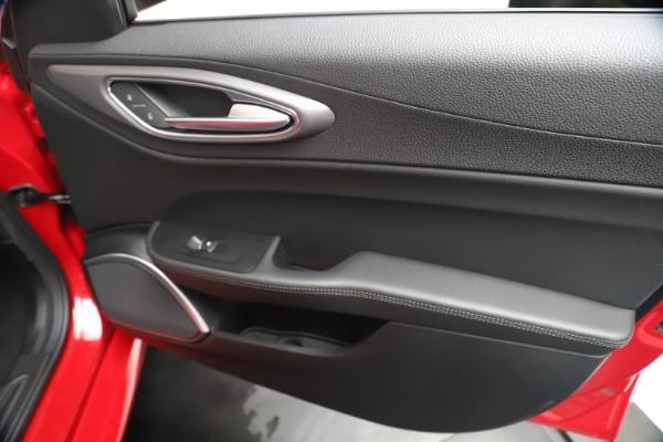 New 2020 Alfa Romeo Giulia Sport Q4 for sale $47,790 at Rolls-Royce Motor Cars Greenwich in Greenwich CT 06830 25
