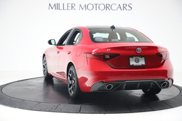New 2020 Alfa Romeo Giulia Sport Q4 for sale Sold at Rolls-Royce Motor Cars Greenwich in Greenwich CT 06830 5
