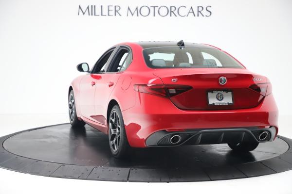 New 2020 Alfa Romeo Giulia Sport Q4 for sale $47,790 at Rolls-Royce Motor Cars Greenwich in Greenwich CT 06830 5