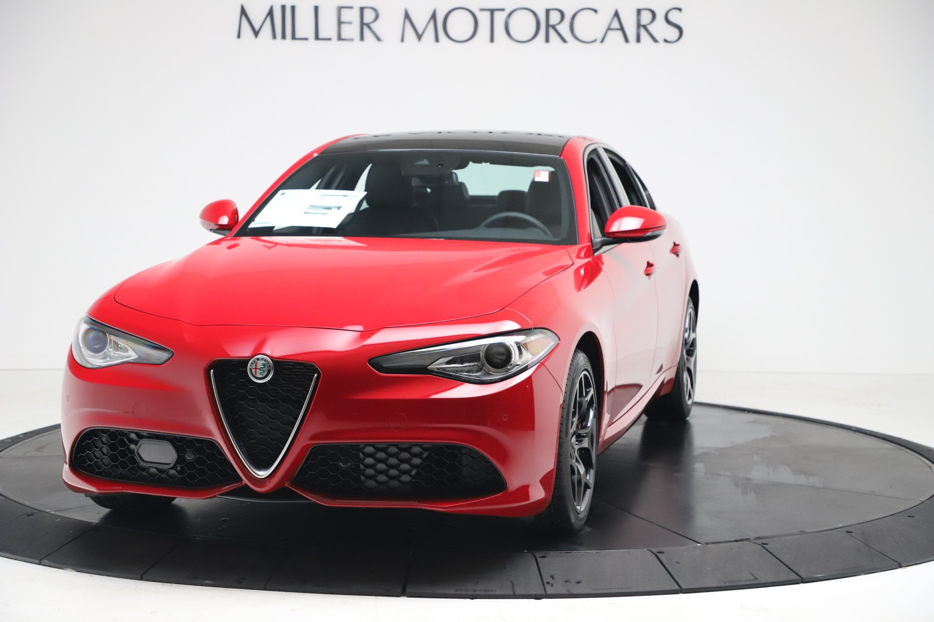New 2020 Alfa Romeo Giulia Sport Q4 for sale $47,790 at Rolls-Royce Motor Cars Greenwich in Greenwich CT 06830 1