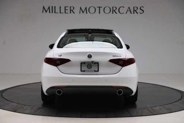New 2020 Alfa Romeo Giulia Q4 for sale $45,590 at Rolls-Royce Motor Cars Greenwich in Greenwich CT 06830 7