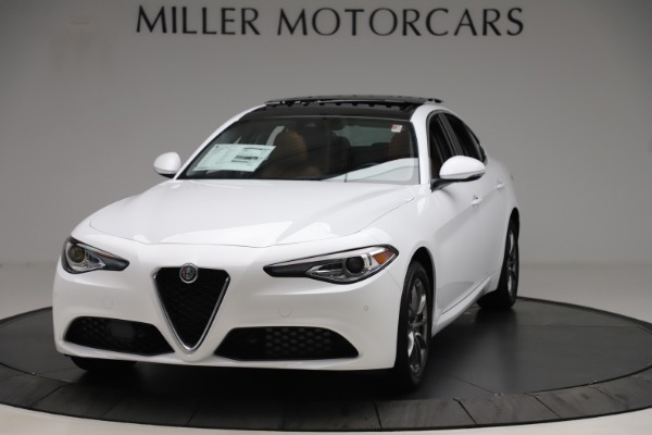 New 2020 Alfa Romeo Giulia Q4 for sale $45,590 at Rolls-Royce Motor Cars Greenwich in Greenwich CT 06830 1