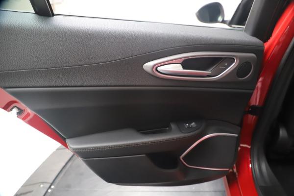 New 2020 Alfa Romeo Giulia Ti Sport Q4 for sale $56,690 at Rolls-Royce Motor Cars Greenwich in Greenwich CT 06830 21