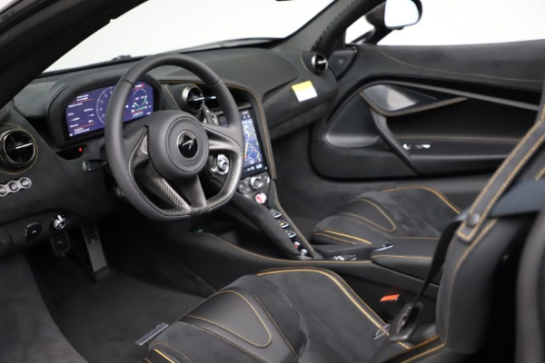 New 2020 McLaren 720S Spider Performance for sale $377,830 at Rolls-Royce Motor Cars Greenwich in Greenwich CT 06830 25