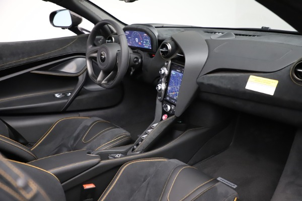New 2020 McLaren 720S Spider Performance for sale $377,830 at Rolls-Royce Motor Cars Greenwich in Greenwich CT 06830 28