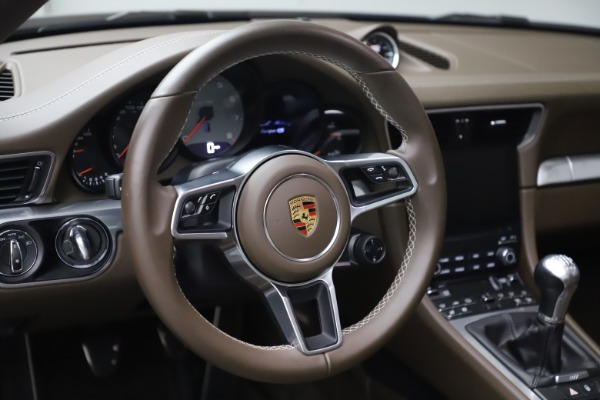 Used 2018 Porsche 911 Targa 4S for sale $134,900 at Rolls-Royce Motor Cars Greenwich in Greenwich CT 06830 20
