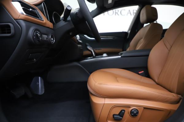 New 2020 Maserati Ghibli S Q4 for sale $63,244 at Rolls-Royce Motor Cars Greenwich in Greenwich CT 06830 14