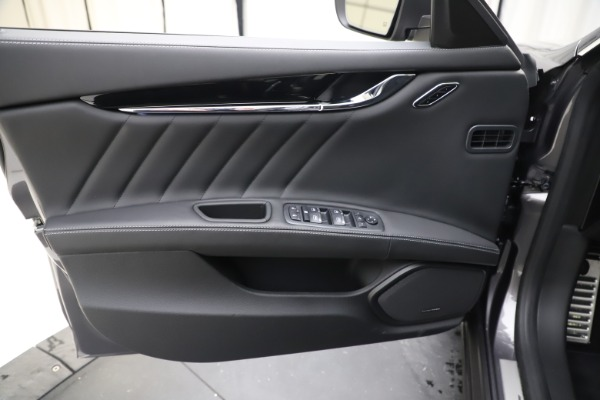 New 2020 Maserati Quattroporte S Q4 GranSport for sale $121,885 at Rolls-Royce Motor Cars Greenwich in Greenwich CT 06830 17