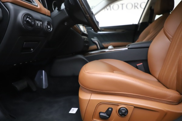New 2020 Maserati Ghibli S Q4 GranLusso for sale $89,535 at Rolls-Royce Motor Cars Greenwich in Greenwich CT 06830 14