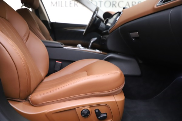 New 2020 Maserati Ghibli S Q4 GranLusso for sale $89,535 at Rolls-Royce Motor Cars Greenwich in Greenwich CT 06830 23