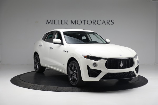 New 2020 Maserati Levante Q4 GranSport for sale $81,385 at Rolls-Royce Motor Cars Greenwich in Greenwich CT 06830 10
