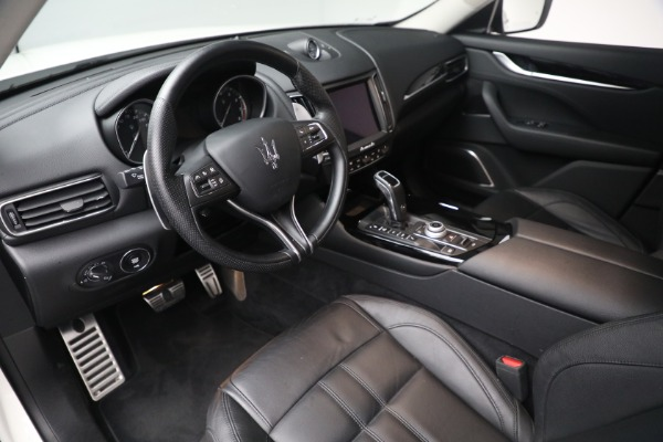 New 2020 Maserati Levante Q4 GranSport for sale $81,385 at Rolls-Royce Motor Cars Greenwich in Greenwich CT 06830 12