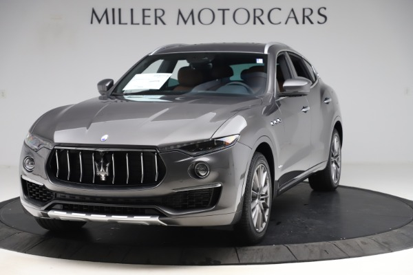 New 2020 Maserati Levante Q4 GranLusso for sale $84,985 at Rolls-Royce Motor Cars Greenwich in Greenwich CT 06830 1