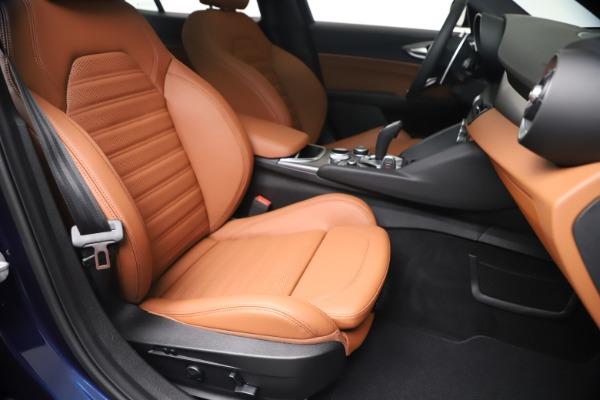 New 2020 Alfa Romeo Giulia Ti Sport Q4 for sale $52,840 at Rolls-Royce Motor Cars Greenwich in Greenwich CT 06830 24