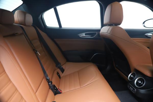New 2020 Alfa Romeo Giulia Ti Sport Q4 for sale $52,840 at Rolls-Royce Motor Cars Greenwich in Greenwich CT 06830 27